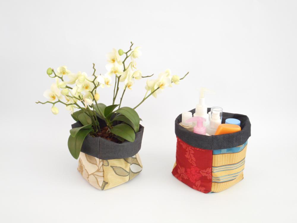 Porta oggetti piccolo - 5 €